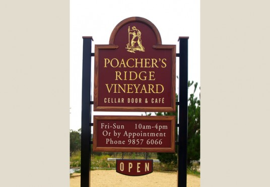 Poachers Ridge Winery Sign