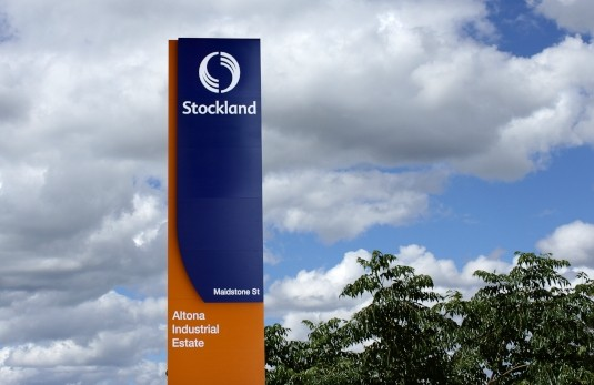 major-stockland-site-identification-pylon-sign-melbourne