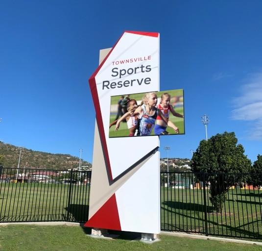 townsville-sports-reserve-digital-message-board-pylon-signage