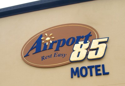 Airport 85 Motel Sign