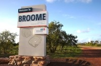 fabricated-town-welcome-sign-broome-wa