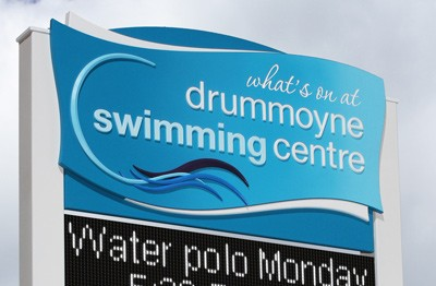 led-message-sign-for-swimming-club