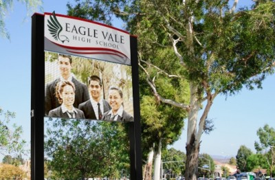 sydney-school-electronic-signs-eagle-vale