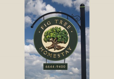 Fig_tree_homestay_B&B_sign