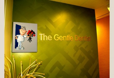 The Gentle Dentist Sign