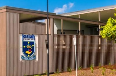 school-building-signage-australia
