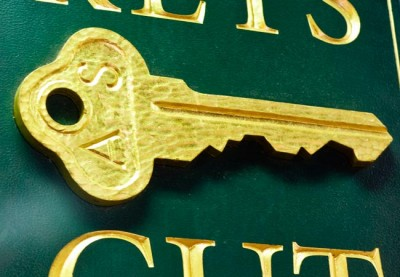Keys Cut Business Sign