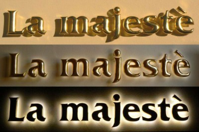 La-Majeste-Halo-Lit-Gilded-sign