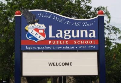 Laguna Public School Sign