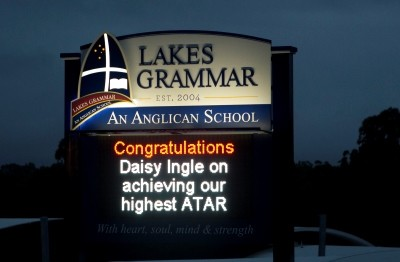 lakes-grammar-an-anglican-school-electronic-signage-central-coast