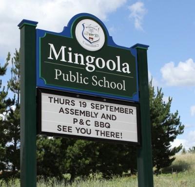 Mingoola_Public_school_magnetic_message_board_school_sign