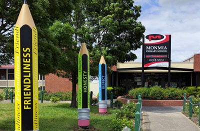 3d-school-pencil-sculptures-at-victorian-primary-school