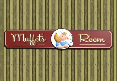 Muffet's Room Cafe Sign