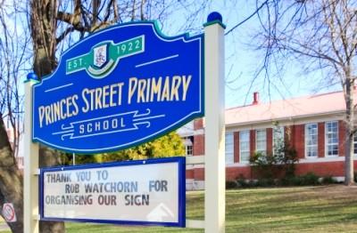 a-3d-school-sign-in-tasmania