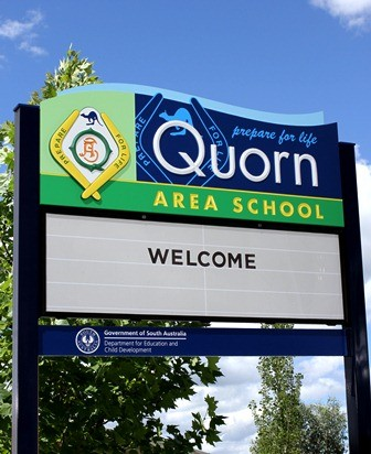 Quorn_Area_School_changeable_Message_Board_Sign