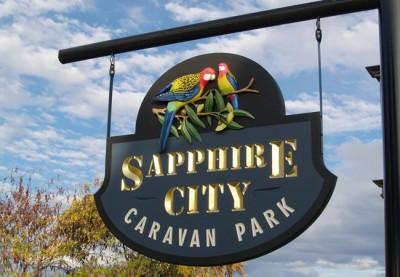 Sapphire City Caravan Park B&B Sign