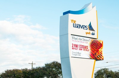 the-waves-football-sports-club-bundaberg-sign