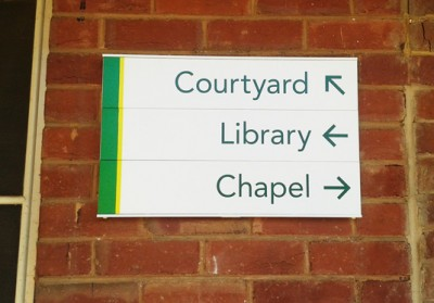changeable-directional-signage-for-schools-australia