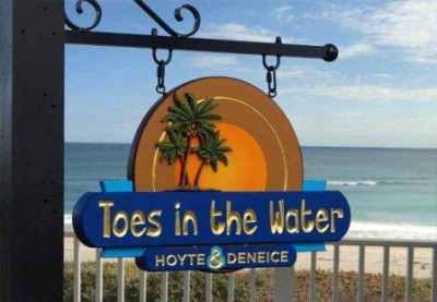Toes in the Water House Sign