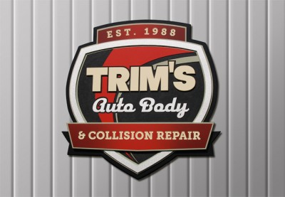 Trims Auto Body Business Sign