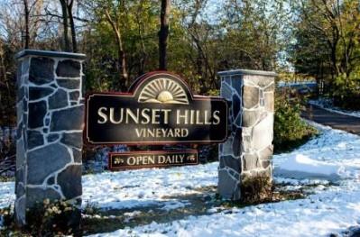 Sunset Hills Vineyard Entrance sign