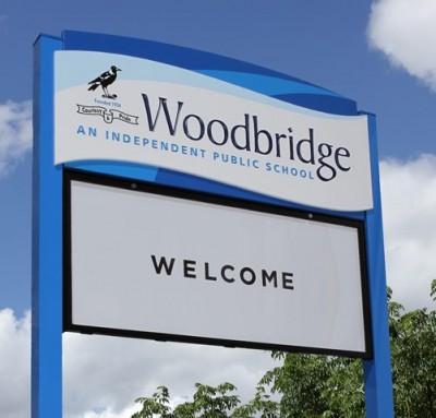 Woodbridge Primary School message board sign