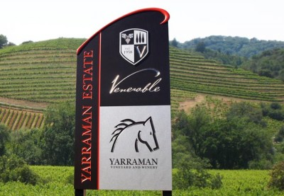 Yarraman Estate Winery Sign