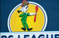 close_up_of_sculpture_on_Brothers_Leagues_sign