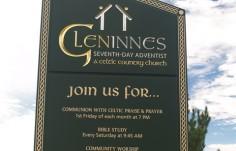 Church_Signs_in_Glen_Innes