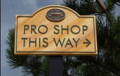 wayfinding_sign_for_the_NSW_golf_club