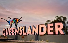 custom-fabricated-illuminated-tourism-signage-australia