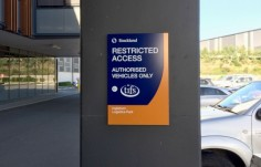 corporate-wall-identification-signage-stockland