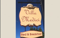 Villa Medici B&B hanging sign